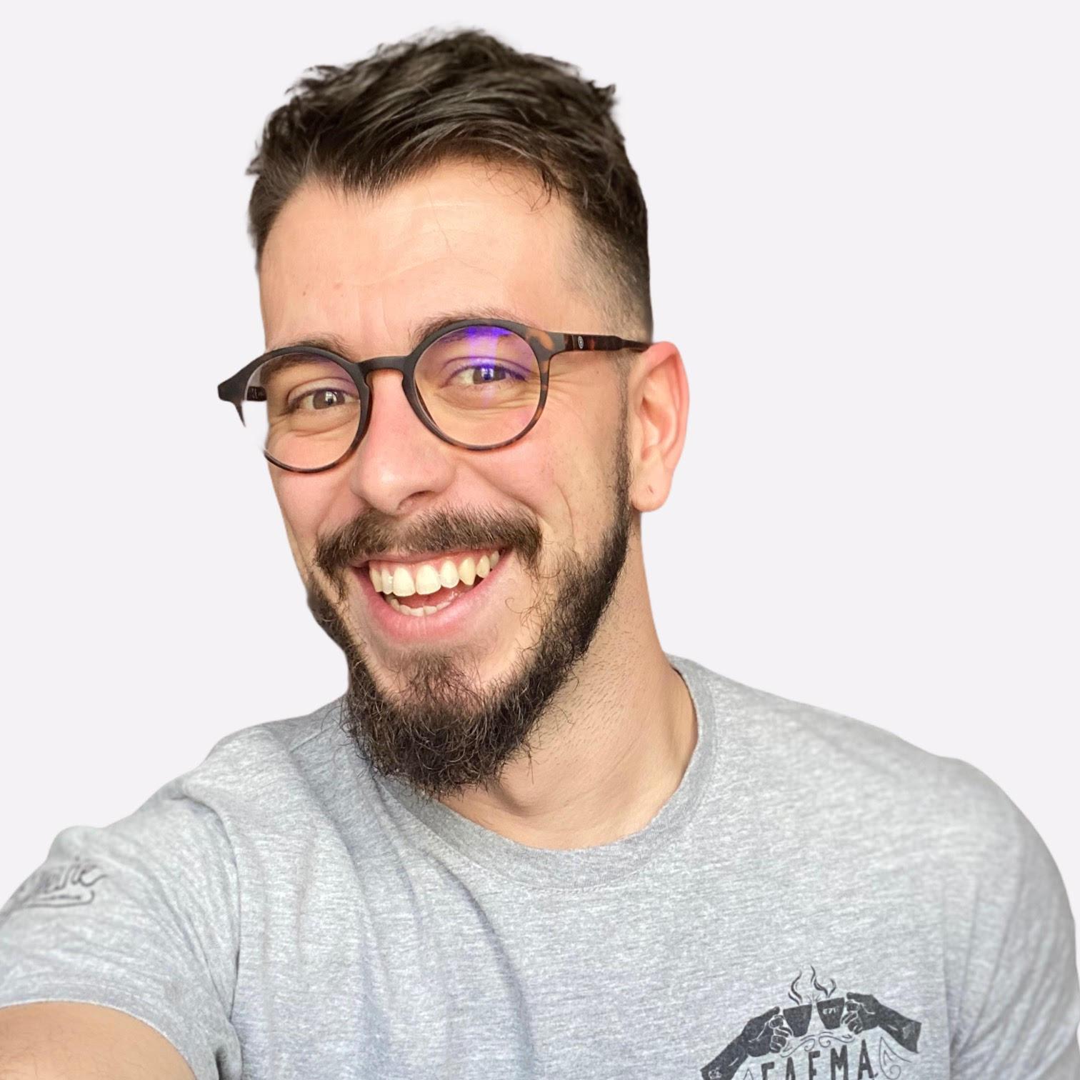 Jano Cabello